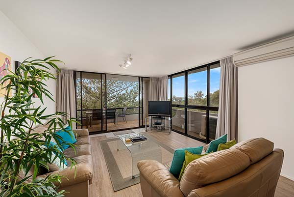 703_Ocean_Parade_Coffs_Harbour_Accommodation1