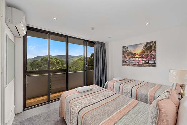 704_Ocean_Parade_Coffs_Harbour_Accommodation4