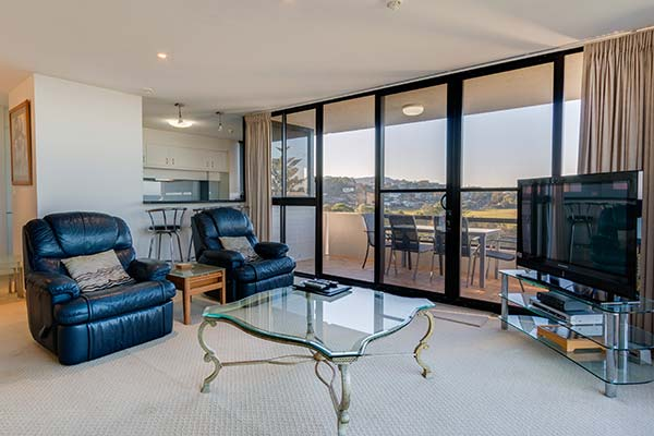 901_Ocean_Parade_Coffs_Harbour_Accommodation1