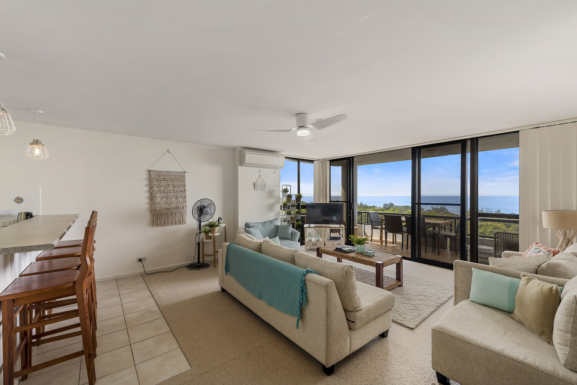 2-bedroom-ocean-view-apartments-802-02