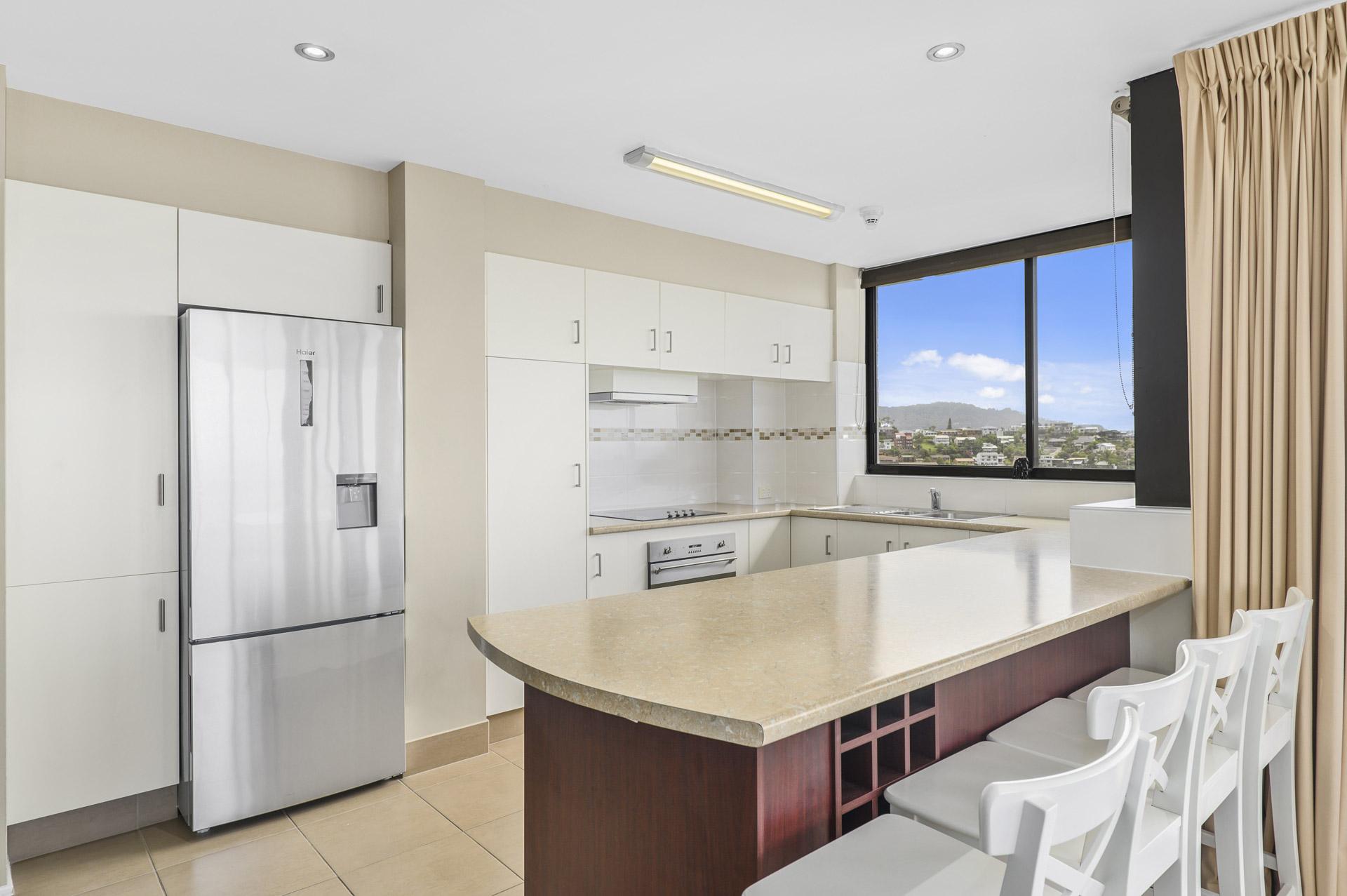 2-bedroom-premium-ocean-view-apartments-1401-13