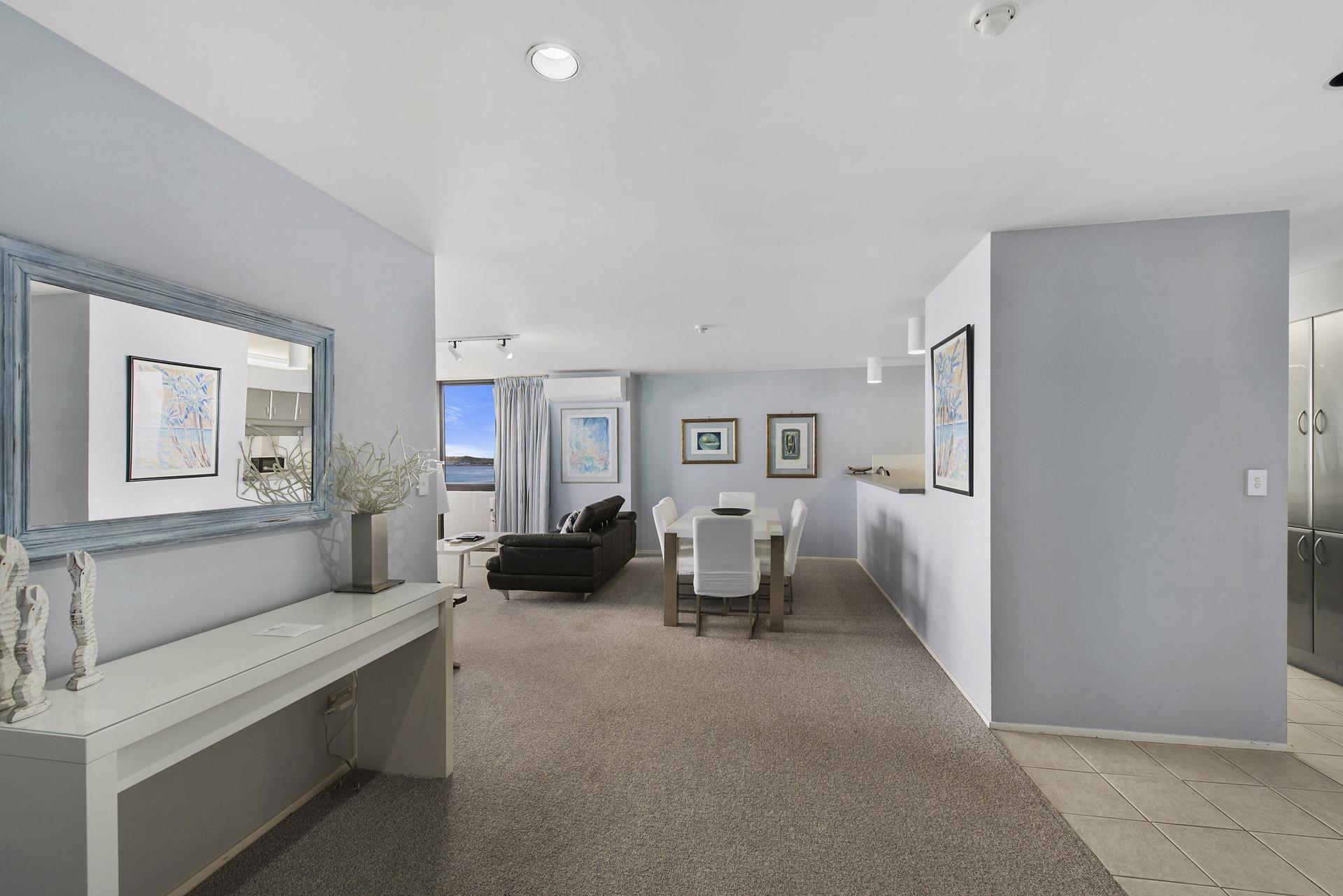 2-bedroom-premium-ocean-view-apartments-1203-08